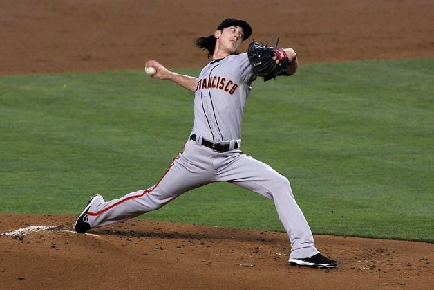 SF Giants Tim Lincecum delivers a pitch